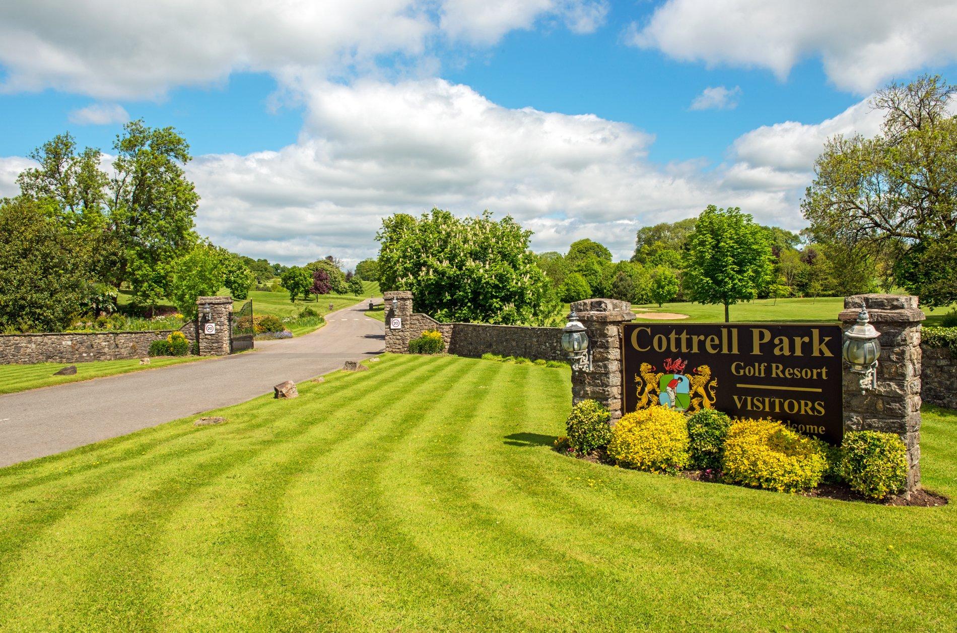 Cottrell Park Entrance